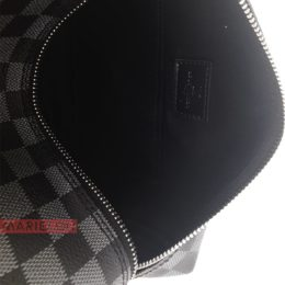 Τσάντα Louis Vuitton Neseser Black